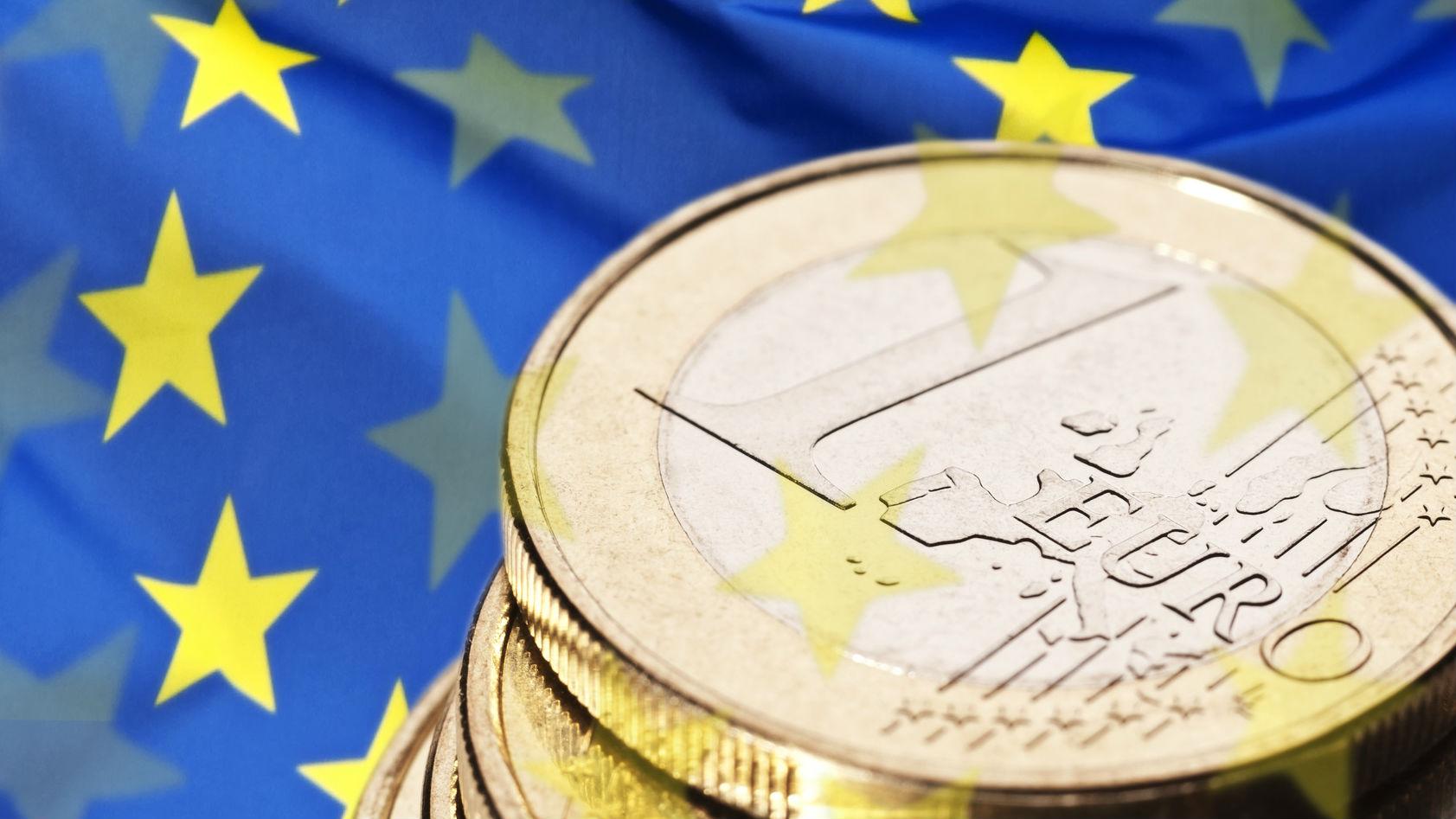 Zece propuneri pentru accelerarea absorbţiei fondurilor europene în România