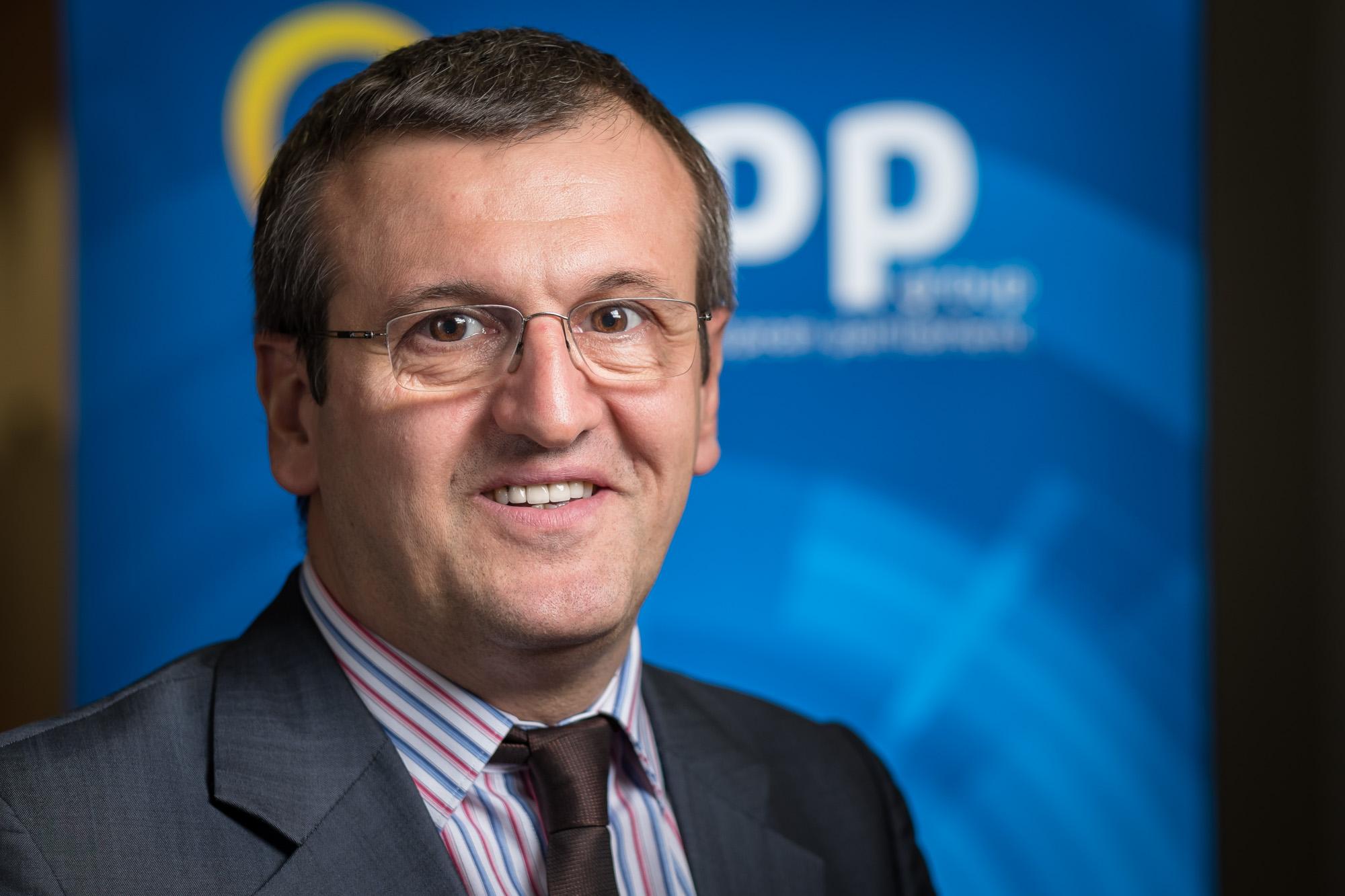 Cristian Preda - Profesor universitar, Decan - Facultatea de Ştiinţe Politice, Universitatea din Bucureşti
