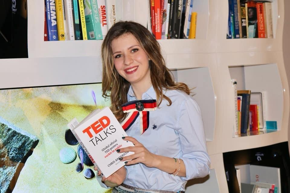 Elena Lazăr -  Lector universitar dr. - Facultatea de Drept,  Universitatea din București
